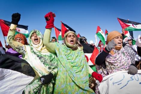 Protestas en TIndouf por el desalojo de Gdeim Izik. Fotografía: Javi Julio