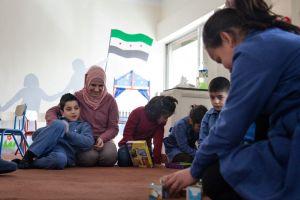 Amer calcula que la mayoría de los niños necesitan tres meses de tratamiento para recuperarse de lo que han vivido. Javi Julio | Nervio Foto