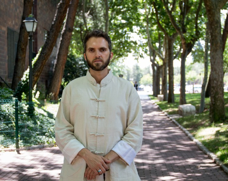 Zahed, imán y homosexual